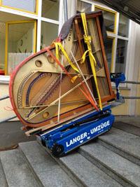 Der ideale Treppensteiger für unhandliche, schwere und schwierige Lasten. Wie zum Beispiel Klavier-Transport/ Flügel-Transport.